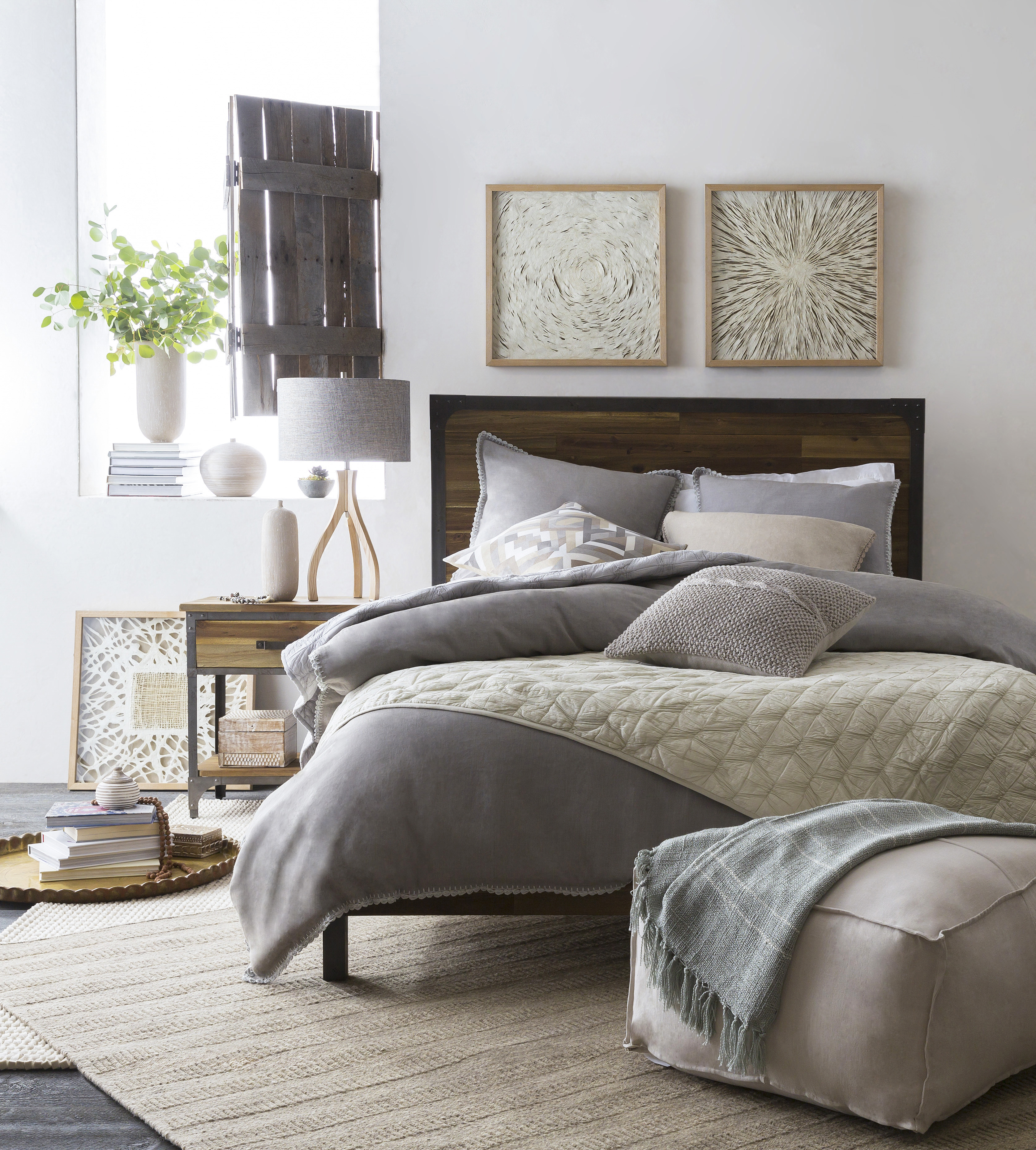 SURYA TO SHOWCASE BROAD SPECTRUM OF BEDDING, LIGHTING DESIGNS AT DALLAS  MARKET 6.17.15